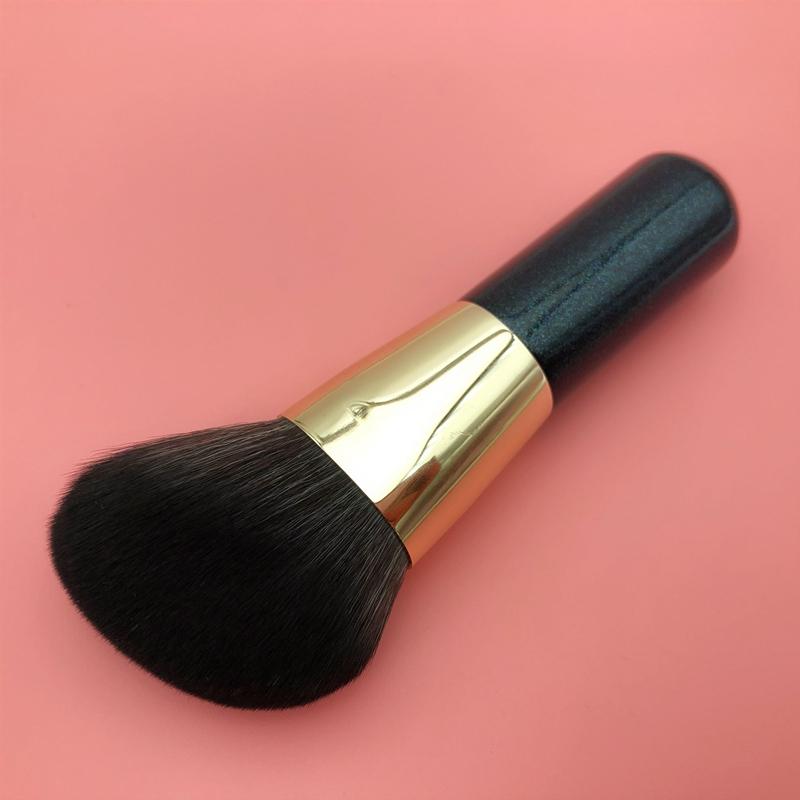 mini black gold contour brush